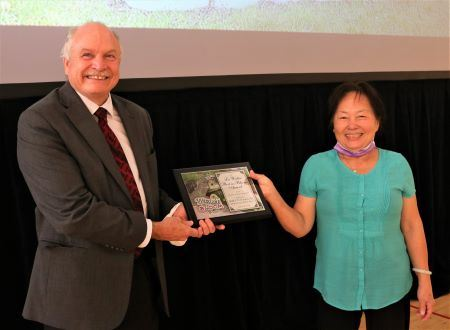 Mayor Presents 2020 Lou Walter Award to Binh Van To