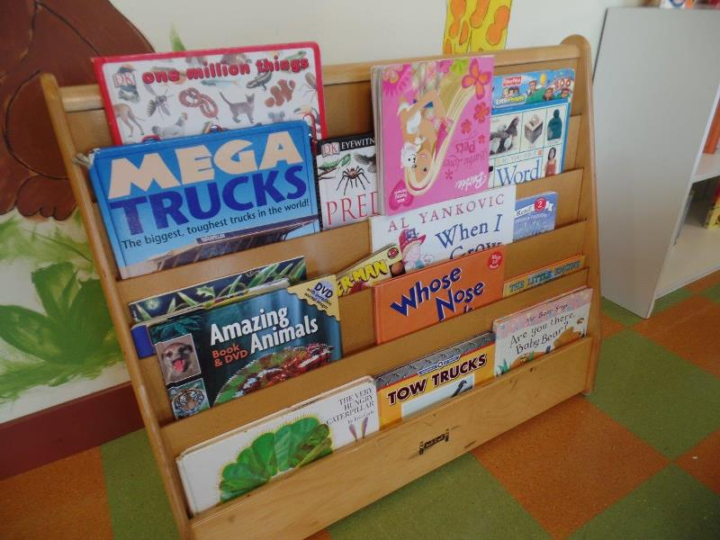Tot Room reading rack