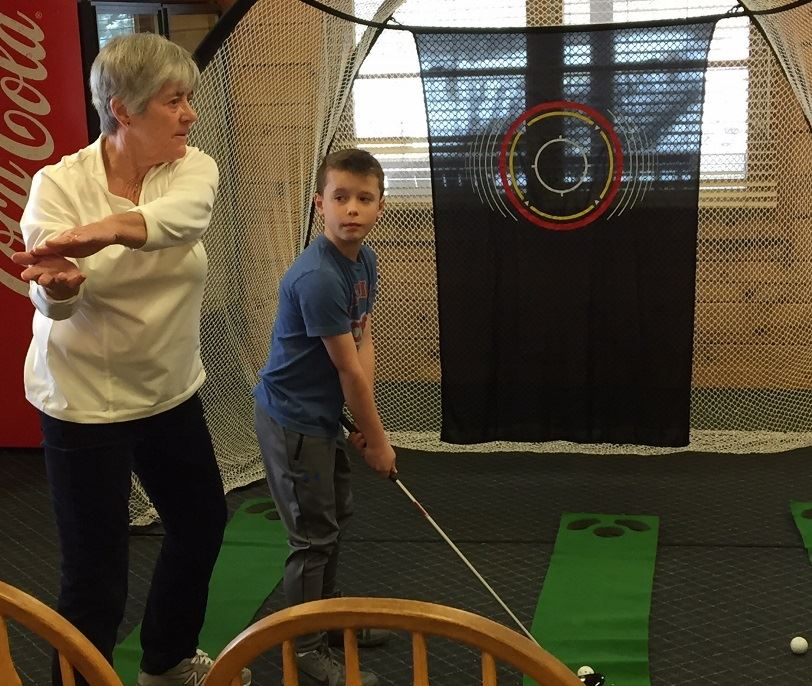 Meadowood Golf Pro Sandy Davis at Youth Golf Clinic